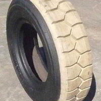 White Rubber Retreaded Forklift Tyres